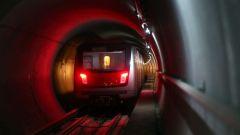 ankara metrosunda yipranan ya da asinan raylari yeniliyor